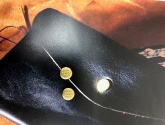 オリジナルホック 製作 金属 真鍮無垢 刻印 カバン 鞄 留め具 聞き鞄 金属パーツ 製作は株式会社丸上