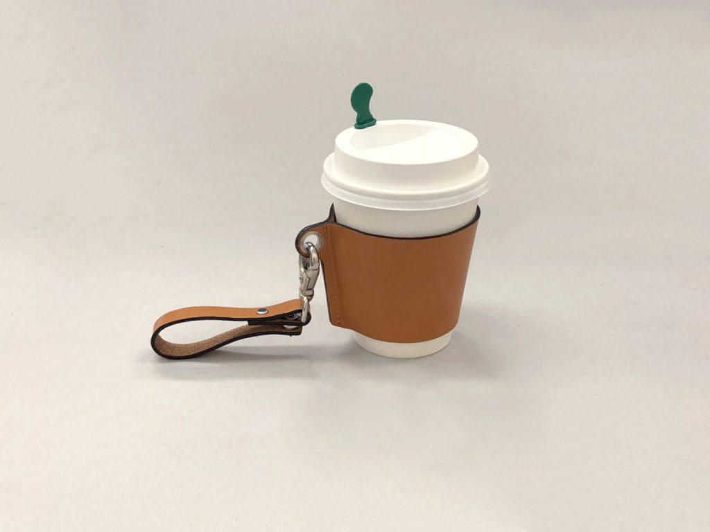コーヒーホルダー 革 ヌメ革 レザー 革小物 ノベルティ オリジナルグッズ 応募者プレゼント スター スタッズ 製作なら株式会社丸上