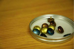 オリジナルボタン オリジナルパーツ 製作 樹脂ボタン ホックボタン 株式会社丸上 BLUEBANANAapartment 完成品